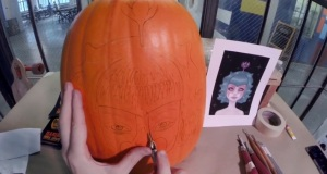 This Man Simply Draws A Face On A Pumpkin. But What He Did Next Turned It Into Something Awesome. He Got Serious Skills!