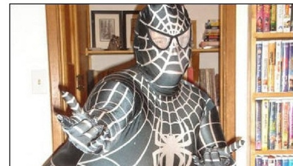 These Guys Wear Superhero Costumes Incredibly Hilarious