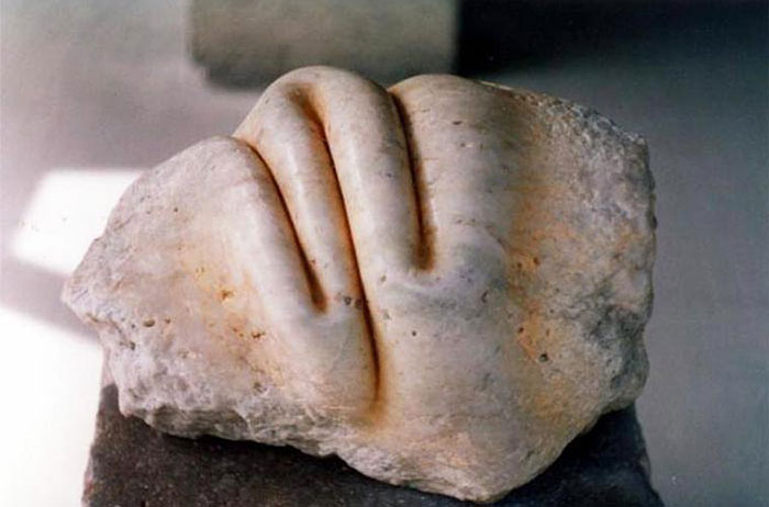 Artist Turns Hard Stones To Look Like  Soft Sculptures – This Is So Incredible…