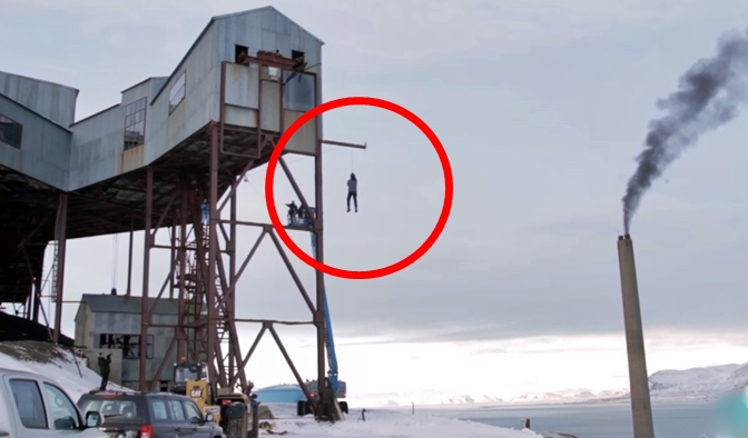 Physicist Proves A Physics Law By Doing An Experiment Involving Himself – Unbelievable