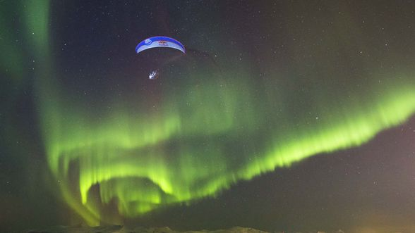 Breathtaking Moment Paraglider Flights Through Aurora Borealis In This Rare Footage.