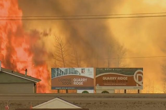 This Town in Canada is Seemingly in Apocalypse As Huge Fire Takes Over.
