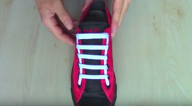 Style Up Your Usual Sneakers With These Creative Ways In Fastening Shoelaces.