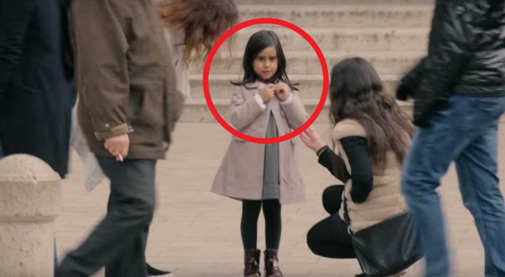 Passersby Offers To Help This Child — But Look When She Changed Her Clothes. Sad