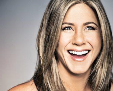 Jennifer Aniston Memes After Brad Pitt-Angelina Jolie Split, Hilarious