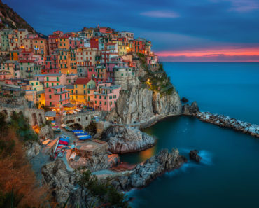 32 Stunning Views Of Some Of The Most Epic Cliff-Side Cities In The World