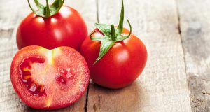 Healthy Reasons Why You Should Eat More Tomatoes